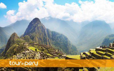 Machu Picchu en Carro – 2 Días 1 Noche