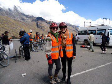 Viaje de amigos por el Inca Jungle a Machu Picchu